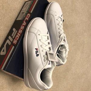 Fila women's shoes size 6 7 7 1/2 8 8 1/2 9